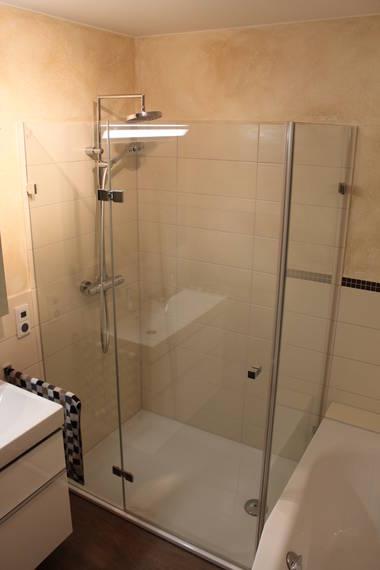 Duschtrennwand aus Glas BO 381
